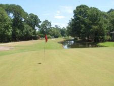Brick-Landing-9th-Hole